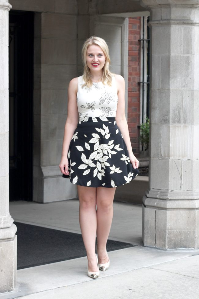 florals, dark florals, floral dress, black and white dress, zara dress, ruby woo lipstick, anne klein