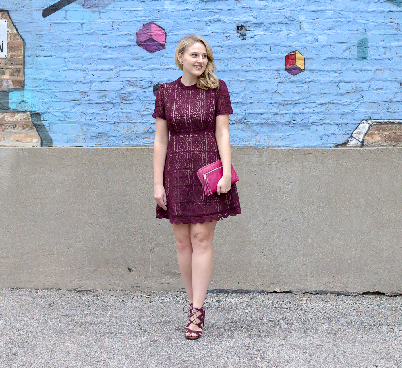 How to wear lace this Valentine's Dyay